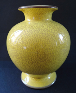 Žlutá keramická váza - Rosenthal (1).JPG