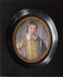 Miniatura s postavou hocha ve žlutém oděvu s límcem (1).JPG