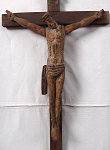 Kristus na kříži v románském stylu (2).JPG
