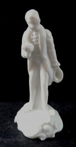 Porcelánová miniatura muže s kyticí - Rosenthal (1).JPG