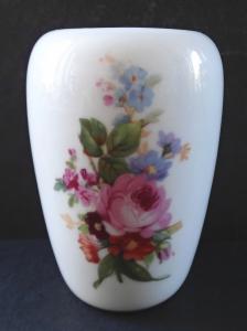 Malá vázička s květinami - Meissen, Teichert (1).JPG
