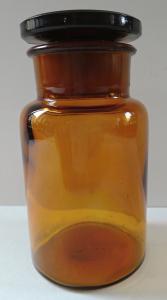 Lékovka z hnědého skla (1).JPG