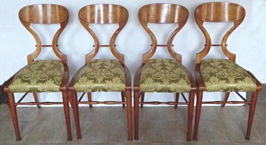 Čtyři židle, Biedermeier - Vídeň (1).JPG