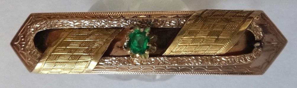 Zlatá brož se zeleným kamínkem - Vídeň (1).JPG