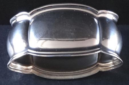 Stříbrná spona na ubrousky (1).JPG