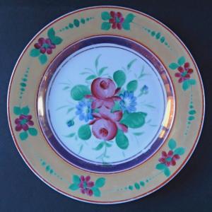 Talíř s růžemi a okrovým lemem (1).JPG