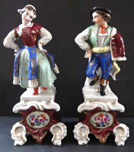 Tančící mládenec a dívka, v kroji (1).JPG