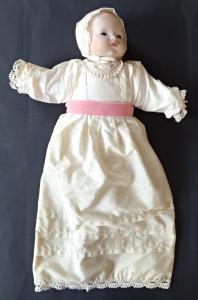 Panenka s porcelánovou hlavičkou a ručičkami - Armand Marseille (1).JPG