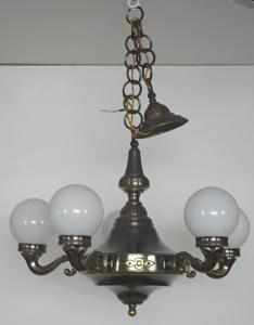 Lustr z patinovaného kovu a mosazi (1).JPG