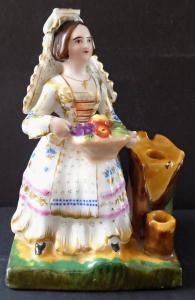 Dívka v kroji a s košíkem ovoce (1).JPG