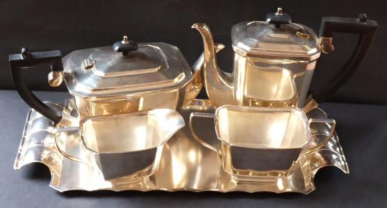 Čajová a kávová souprava, Monfort, E.P.N.S. - postříbřená (1).JPG