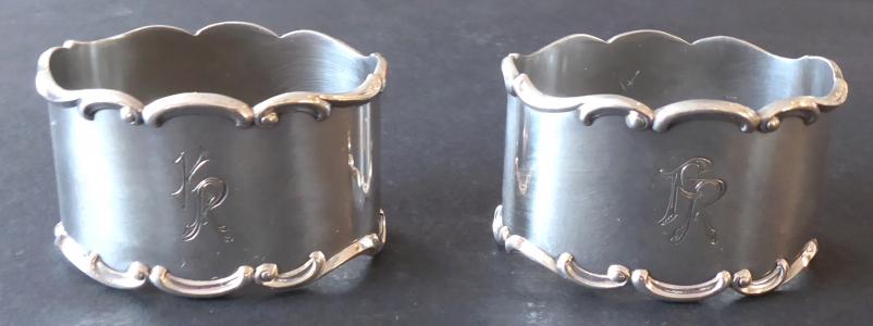 Dva stříbrné kroužky na ubrousky - Lutz & Weiss, Pforzheim (1).JPG