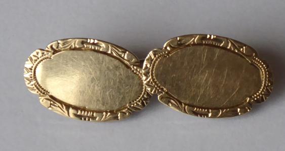 Zlaté manžetové knoflíčky, se stříbrnou karabinou (1).JPG