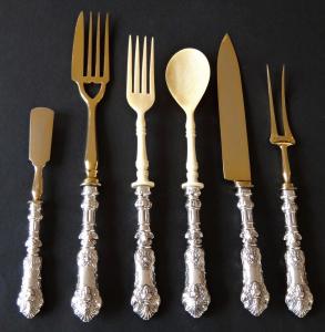 Předkládací a servírovací příbory - stříbro, zlacená ocel, kost (1).JPG