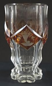 Biedermeierová sklenice ( pohár ) se žlutými medailony a emblémy (1).JPG