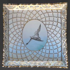 Zlacená miska, s malovanou labutí - Eva Bakos, Herend (1).JPG