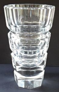 Broušená vázička z čirého skla - Desná (1).JPG