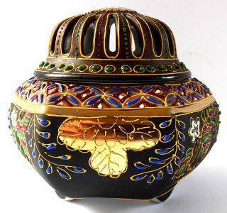 Čínské porcelánové vykuřovadlo (1).JPG