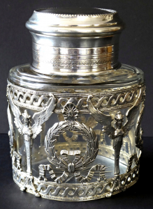 Stříbrná a skleněná dóza, empírový ornament - Weinranck & Schmidt, Hanau (1).JPG