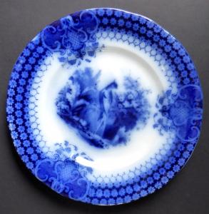 Kameninový modrý talíř, s pávem - Sarreguemines (1).JPG