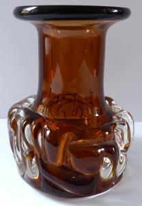 Vázička z ambrového a čirého skla - František Vízner (1).JPG
