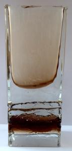 Váza s křišťálovým, topasovým a bílým sklem - Petr Hora, Škrdlovice (1).JPG