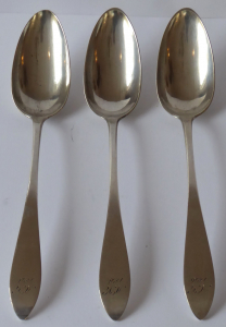 Tři stříbrné lžíce z roku 1826 - Berlín (1).JPG