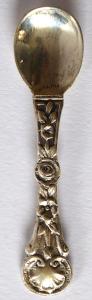 Malá stříbrná lžička, reliéfní ornament (1).JPG