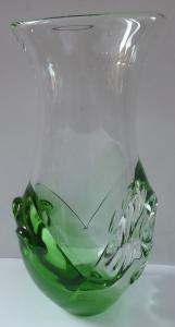 Váza, bezbarvé a zelené sklo - Ladislav Paleček, Škrdlovice (1).JPG