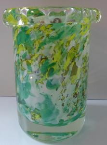 Váza s bílým, žlutým a zeleným dekorem - Karel Wünsch (1).JPG