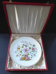 Míšeňský talíř, pestrý vzor, originální etue - Míšeň (1).JPG