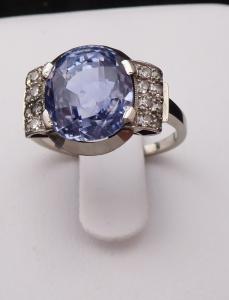 Prsten z bílého zlata a platiny - safír 7,70 ct (1).JPG