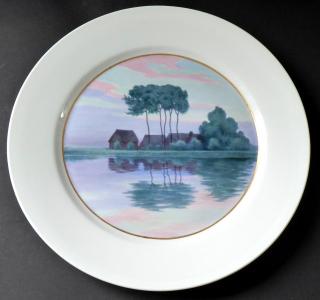 Míšeňský talíř s malovanou krajinou u řeky, s červánky (1).JPG