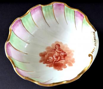 Miska, lastura, s malovaným andílkem a červeným korálem (1).JPG