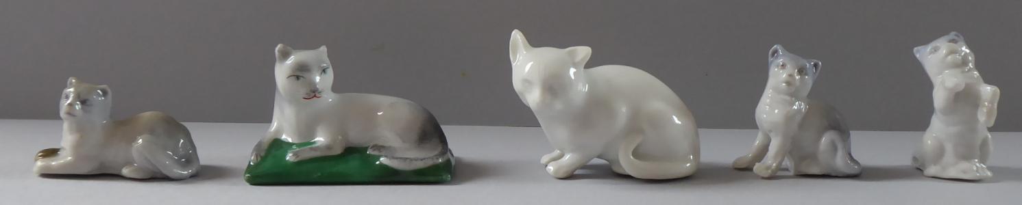 Pět malých porcelánových kočiček (1).JPG