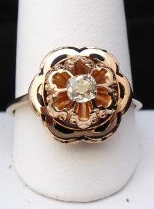 Zlatý prsten, kytička, s emailem a diamantem 0,25 ct (1).JPG