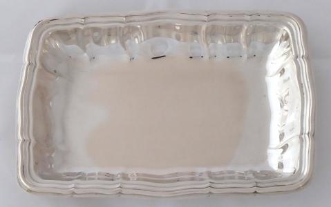 Stříbrná obdélná miska, vzor Chippendale - Wilkens & Söhne, Bremen (1).JPG