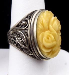 Prsten s filigránem a květy růží (1).JPG