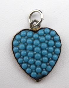 Stříbrné srdíčko, přívěsek - modré korálky (1).JPG