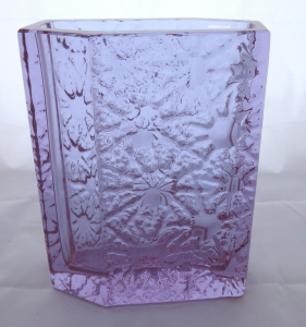 Váza s ledovými květy, alexandritové sklo - Václav Hanuš (1).JPG
