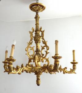 Zlacený řezbovaný dřevěný lustr (1).JPG