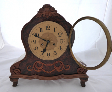Stolní hodiny, barokní styl - Gustav Becker (1).JPG